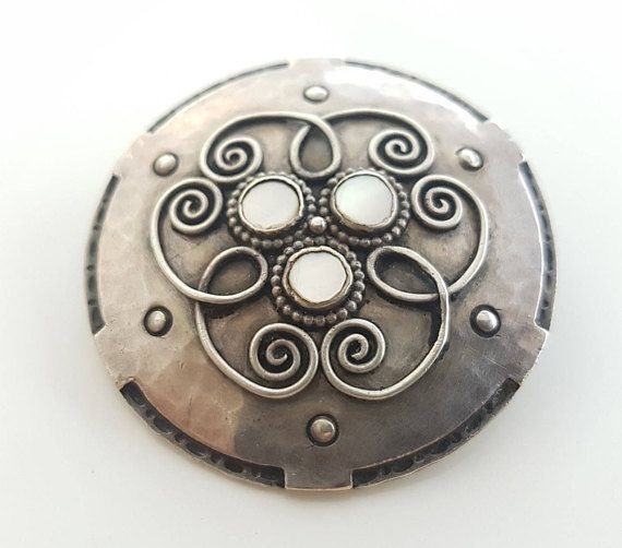Vintage Art Nouveau Ladies Large Circular Pewter and Mother of