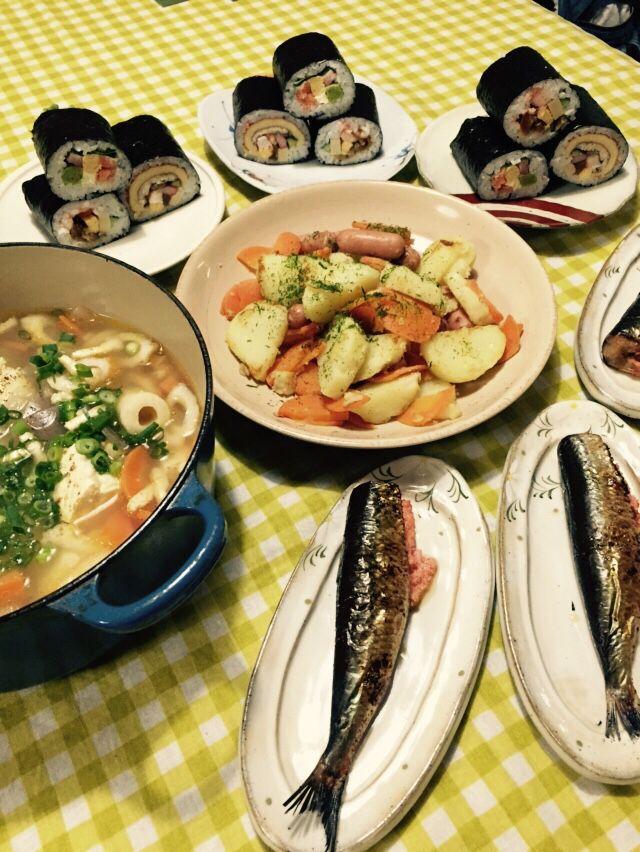 節分の日の夕食。今年は明太子鰯を焼いて巻寿司も買ってきた。