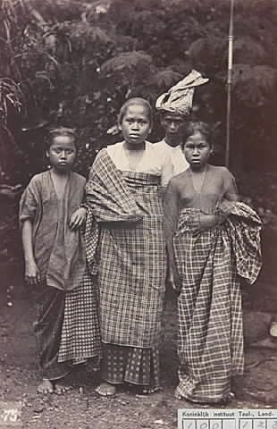 Baju Bodo Tradisional Masa Lampau