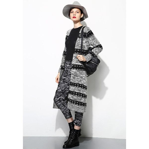 Beautiful Cardigan to wear casually out on a crisp fall day shopping or dress up for an night out on the town. Made of 30% Mohair, 30% Wool, 40% Polyester Model