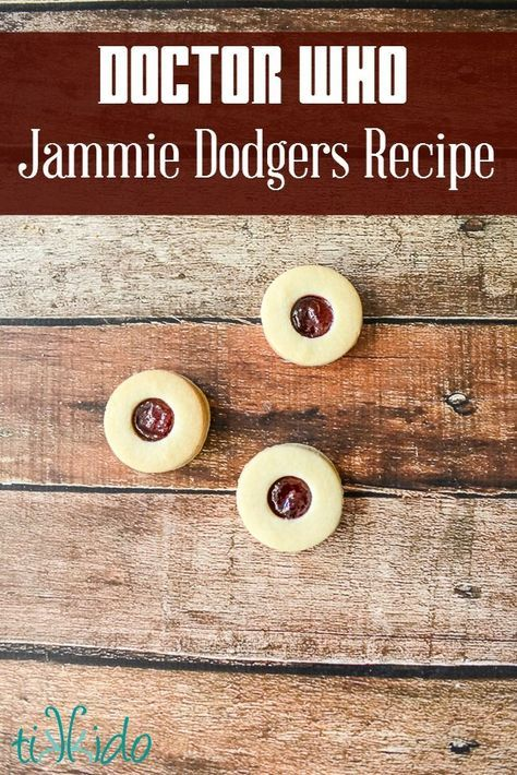 Jammie Dodgers (Jam Filled Cookies) Recipe from the Doctor Who Party   Tikkido.com