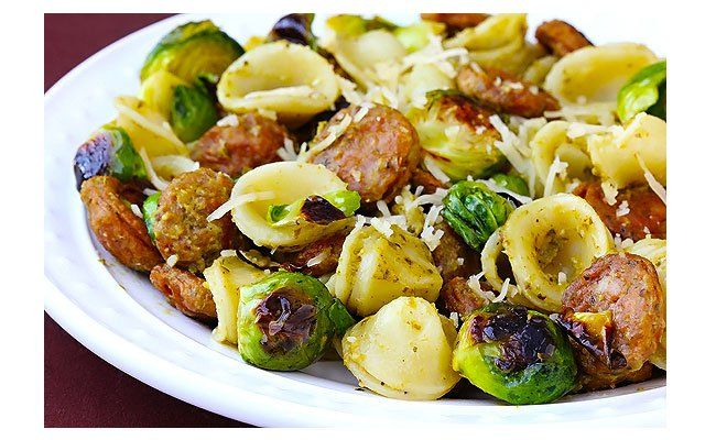 Daily Dinner Idea: Pesto Pasta With Chicken Sausage & BrusselsSprouts