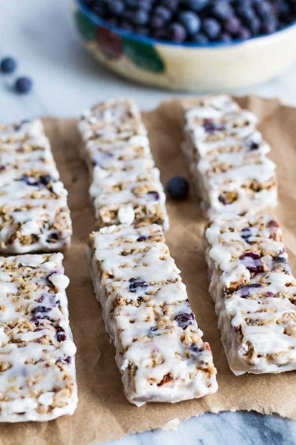 Blueberry Vanilla Greek Yogurt Granola Bars | http://halfbakedharvest.com