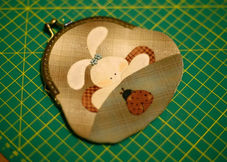 How to sew a Japanese purse, using the application. Quilting and patchwork. DIY Tutorial.