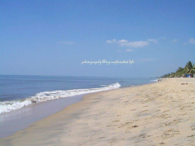Cherai Beach, Kochi http://www.myunfinishedlife.com/2013/03/cochin-half-day-tour-visiting-spice.html