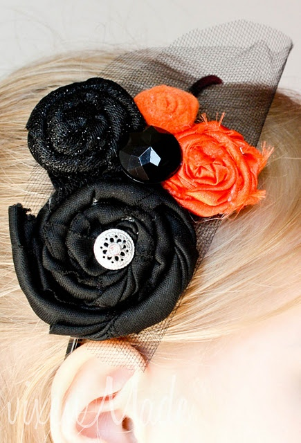 In different colours this scrap fabric flower headband could rock year round.
