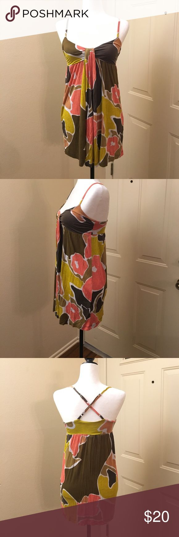 French Connection Dress Beautiful French Connection Dress in good condition. This dress looks super cute when worn as a tunic paired with leggings or skinny jeans. The straps are adjustable. French Connection Dresses Mini
