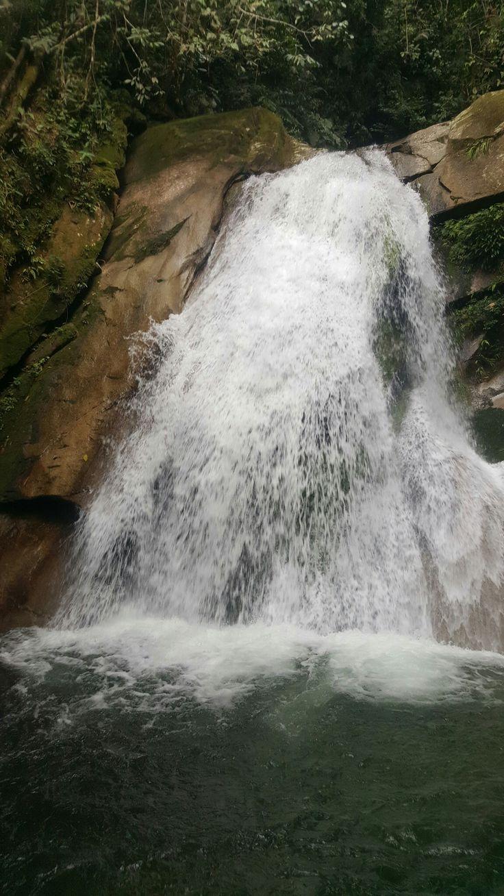 San Carlos - Antioquia. Nov.12-2016- Naturaleza maravillosa.... descenso de 7 horas por rio, viendo sitios hermosos.