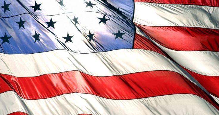 Cómo escribir una Declaración Jurada para la Inmigración. Un potencial inmigrante a los Estados Unidos puede necesitar ser patrocinado por un ciudadano o residente permanente que garantice que el inmigrante no depende de la asistencia pública de los EE.UU.. Una declaración jurada de patrocinio económico es normalmente requerida para ser presentada en los Servicios de Inmigración y Ciudadanía de los ...
