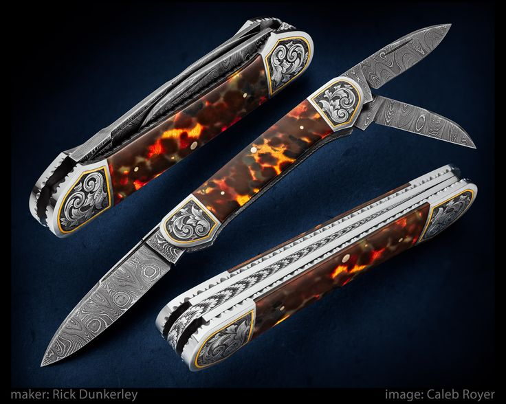 """maker: Rick Dunkerley  website: dunkerleyhandmadeknives.com  3 bladed Canoe Whittler with damascus blades, 416 liners and bolsters, and antique tortoise shell scales backed with gold leaf.   Bolsters have 24k gold inlay and engraving.   18k gold pins. Long blade: 2 1/2"""" Short blades: 1 3/4"""" Closed: 3 3/4""""  #calebroyerphotography #knife #knifemaking #knives #customknives #handmadeknives #knifecommunity #handmade #knifeart #knifepics #imagecalebroyer #steel #edge #sharp #cutlery"""