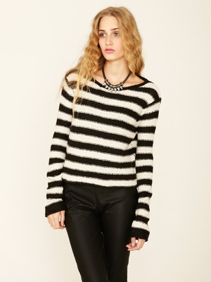 Shake and Roll Pullover