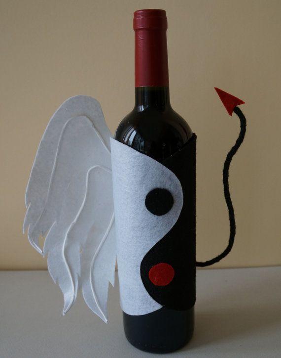 "Zodiac Sign Wine Bottle Cover - ""Twinc"""