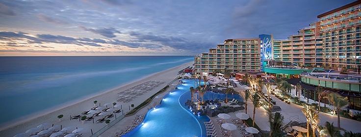Hard Rock Hotel - Cancun Post: Os 5 melhores hotéis de Cancun http://dicasdeferias.com/2013/03/os-5-melhores-hoteis-em-cancun/ #dicasdeferias