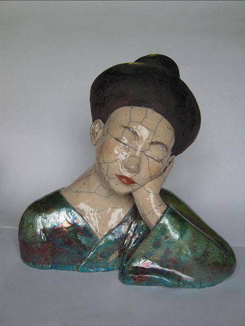 Ceramic sculpture by Mélanie Bourget