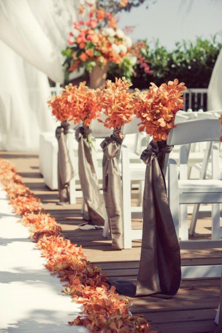 floral aisle wedding design
