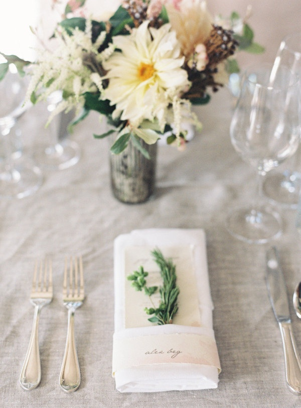 a simple detail like an herb sprig at each place setting goes a long way  Photography by jenhuangphotography.com, Floral Design by laviencocorosie.com