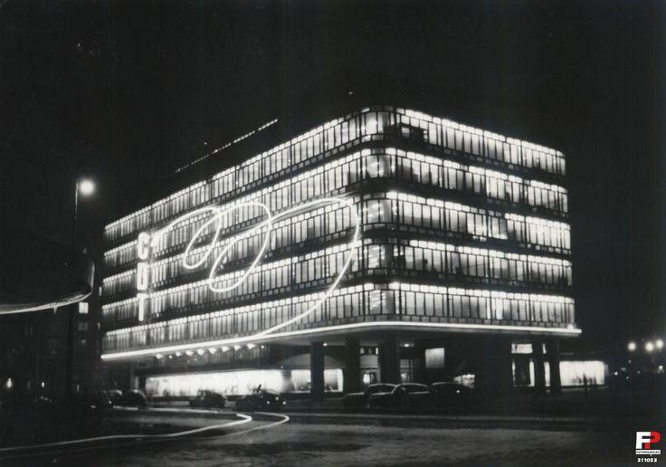 Lata 1955-1956 , CDT nocą. Fot. Uchymiak. Pocztówka CAF
