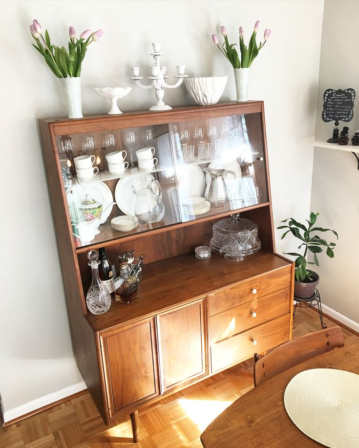 17 Best Ideas About Small China Cabinet On Pinterest
