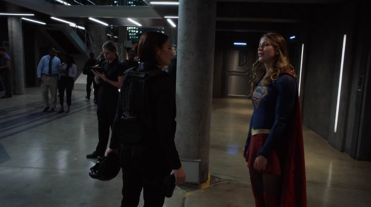 2.03 Welcome to Earth - scnet supergirl2x03 1011 - Supergirl Gallery & Screencaps