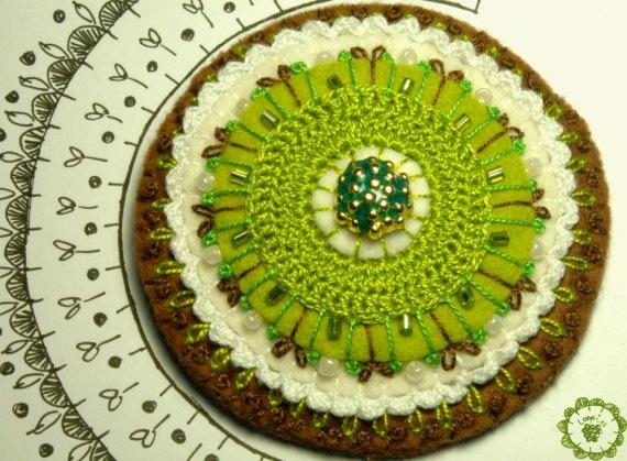 Broche de fieltro bordado color verde-marrón, Vintage, Accesorios