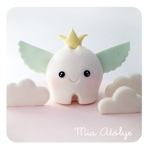 I realize this is fondant but it could easily be done in polymer clay and it's darn cute.   First tooth cake topper for baby girl