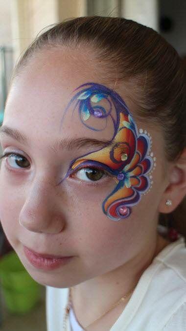 Toni Bluestone Doctors || one stroke eye design