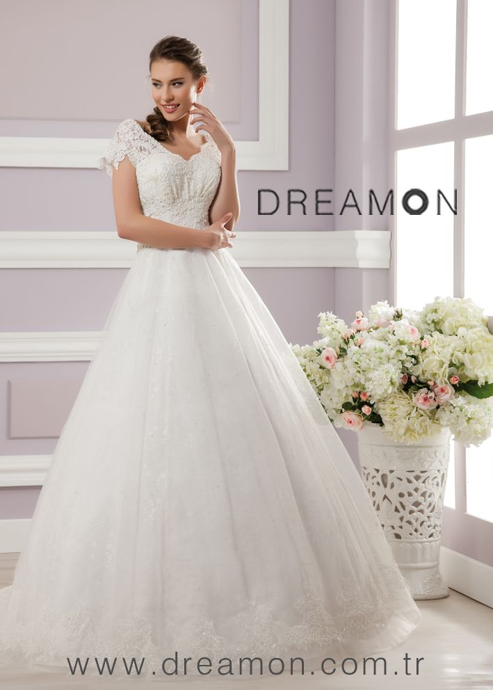Model: BURGUNDY. Romantizmden asla vazgeçmem diyen gelin adayları DreamON Shades of Love koleksiyonundan Burgundy modeli tam size göre. http://www.dreamon.com.tr/koleksiyonlar.html?katid=2&id=106