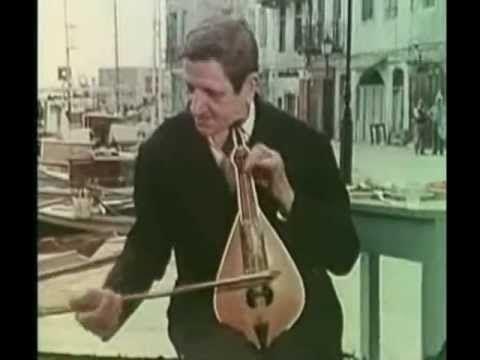Ο ΠΡΩΤΟΜΑΣΤΟΡΑΣ ΤΗΣ ΚΡΗΤΙΚΗΣ ΜΟΥΣΙΚΗΣ ΑΝΤΩΝΗΣ ΠΑΠΑΔΑΚΗΣ (ΚΑΡΕΚΛΑΣ) - 1977