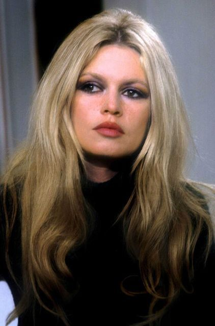 Brigitte Bardot, 1969 style. Look at her lips - #perfection, and the smokey eye is gorgeous on her.