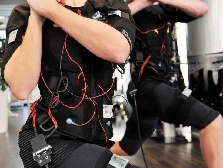 Tu también puedes practicar el #ElectricalMuscularStimulation para mejorar tu estado físico: http://www.superchevere.com/entretenimiento/que-es-el-electrical-muscular-stimulation-ems/