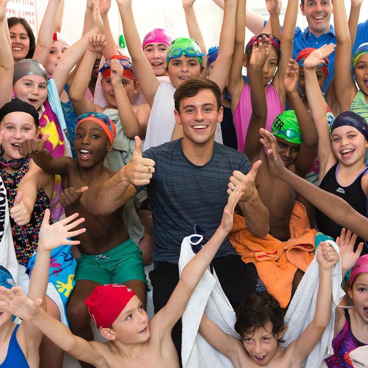 """275 Likes, 2 Comments - Tom Daley Diving Academy (@tomdaleydivingacademy) on Instagram: """"Happy #Friday everyone!!  get your #fridayfeeling at our YouTube channel…"""""""