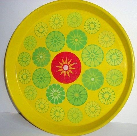 Retro bakke/tray. #trendyenser #retrostuff #retro #retrotray #trays #bakke #tilsalg #forsale on www.TRENDYenser.com