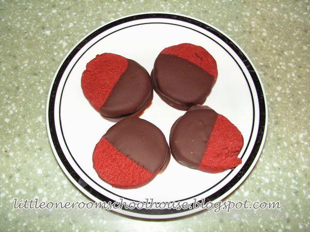 My Little One-Room Schoolhouse: Red Velvet Shortbread Cookies