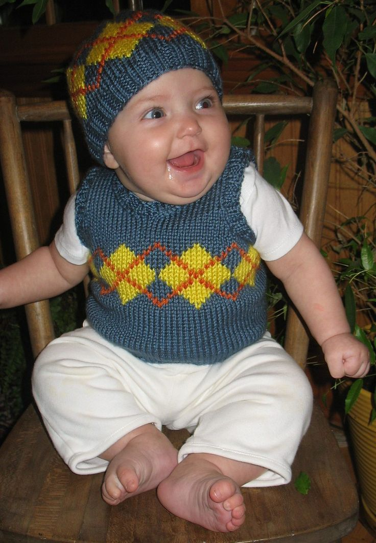 Knitting Pattern Baby Undershirt : Free Knitting Pattern for Baby Argyle Vest and Hat - Jennie Harrell s vest cl...