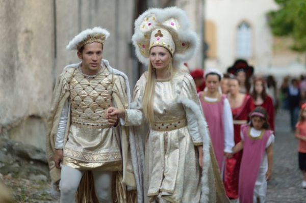 La sfilata del Palio dei Castelli a Castiglione Olona - Guarda la galleria fotografica: http://www3.varesenews.it/gallerie/index.php?id=19069&img=1 #varese #castiglioneolona