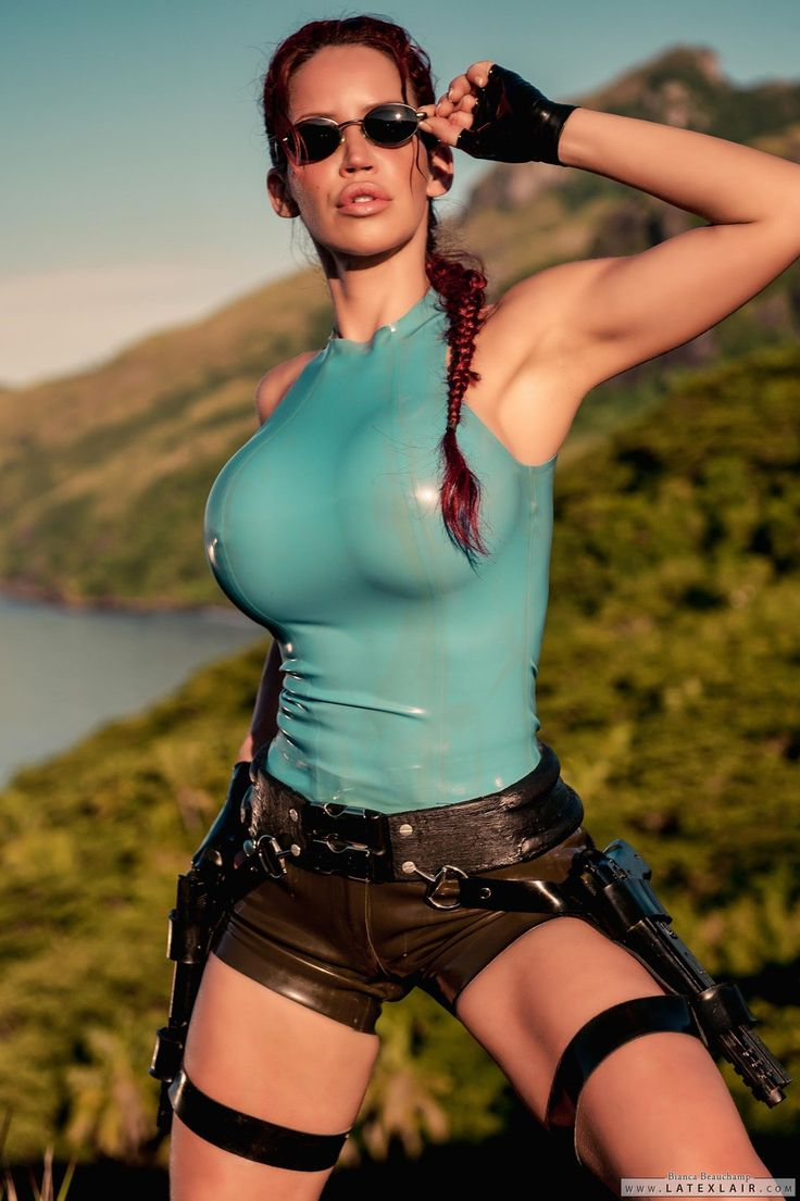 A fairly accurate portrayal (especially the proportions lol) of Laura Croft by model Bianca Beauchamp.