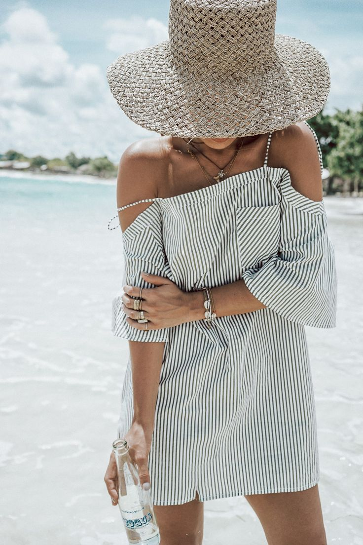 LOMBOK | Collage Vintage. Grey striped cold shoulder dress+raffia sun hat+necklaces+rope flat sandals+ethnic backpack+bracelets. Summer Beach Outfit 2017