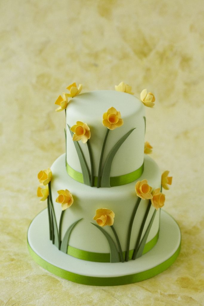 Daffodil Cake Decorated Cakes Cupcakes And Cookies