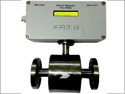 Electro Magnetic Flow Meter - Ms FL 0117  Specification Media : Liquids Viscosity  Process Temperature : 100°C max Process Pressure : 10 kg/cm2 Material of Construction of Sensor : Hastelloy C / SS 316L Body : Ms/CS Wetted Parts : Ms/CS Power Supply : 230 VAC, 50Hz ±10% Power Consumption : <10 VA Response Time : <100 Ms Temperature Coefficient : ±0.01% /ºC Transmitter Enclosure : IP 65 Process Connections : Flanged ASA #150 Operating Conditions : Temp 0~55ºC / Humidity 5~95% non-condensing