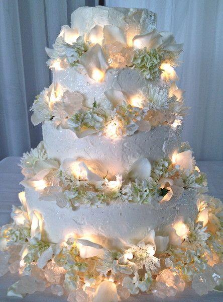 Mein Fotoalbum Hochzeitstorten Fotos auf WeddingWire   – wedding cakes