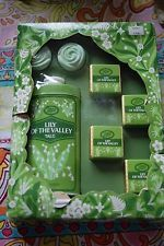 Boots vintage lily of the valley giftset with talc, bath cubes and soap