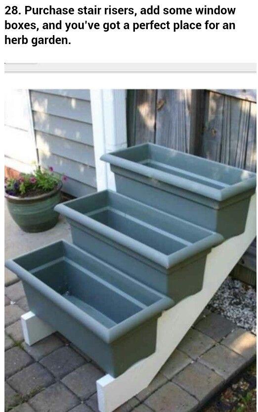 Stair step planters