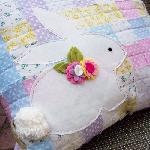 Shabby Chic Fabric Weave Pillow for Therm O Web