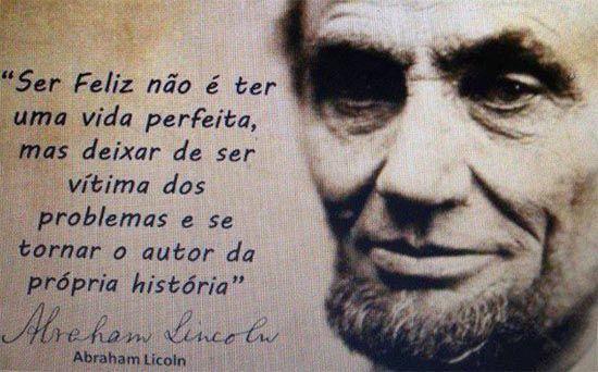 Abraham Lincoln /ˈeɪbrəhæm ˈlIŋkən/ foi um político norte-americano que serviu como o 16° presidente dos Estados Unidos, posto que ocupou de 4 de março de 1861 até seu assassinato em 15 de abril de 1865. Wikipédia
