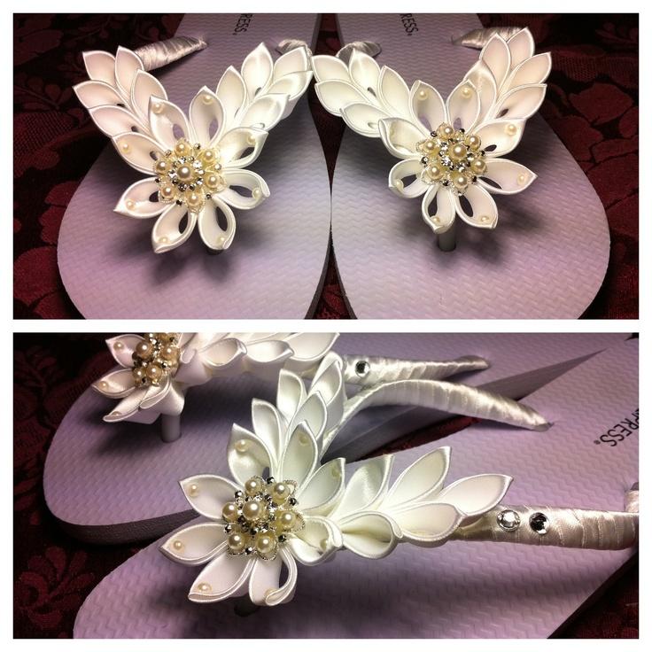 Bridal thongs with kanzashi flowers flip flops.