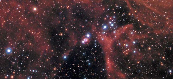 Hubble viert dertigste verjaardag van supernova met een foto