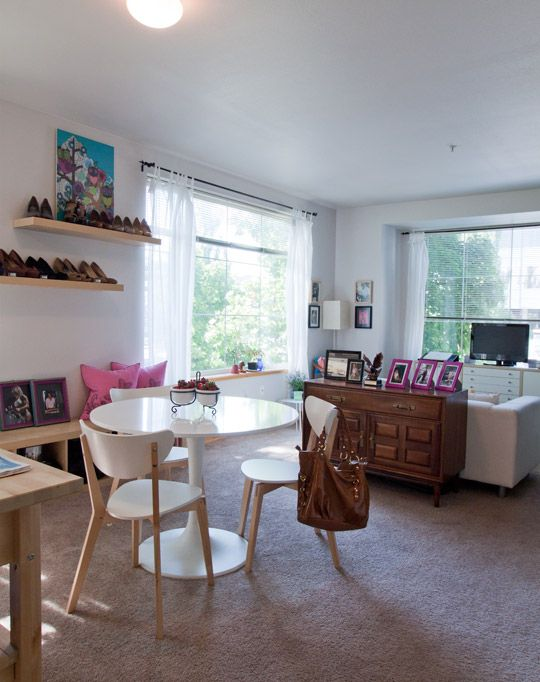 Incredibly stylish and realistic studio apartment decor from Apartment Therapy