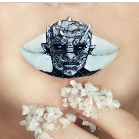 The Daily Mail just did a piece on viral beauty trends which featured the looks of three Mehron Girls - Ryan Kelly Sarahmagicmakeup and Innanai. This trio of incredibly talented women is not just taking what is hot right now to the next level but is also creating trends for others to follow. From Game of Thrones' Night King to tied up in knots their art is a must see!  https://www.mehron.com/blog/3-mehron-girls-rocking-viral-beauty-trends/3 Mehron Girls Rocking Viral Beauty Trends…