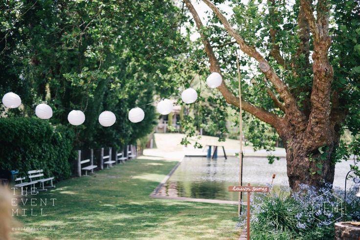 Festoon Lanterns #festoon #lanterns #lighting #wedding #backdrop #pretty #reception #hanginglights #party #style
