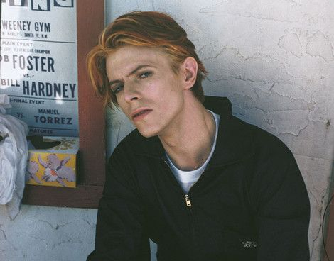 David Bowie on the set of The Man Who Fell To Earth in New Mexico (1976), by Geoff MacCormack. Go on set of Fallen Angels by Wong Kar Wai right here
